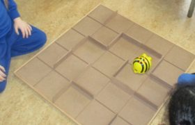Bee-Bot® and Blue-Bot Changeable Maze
